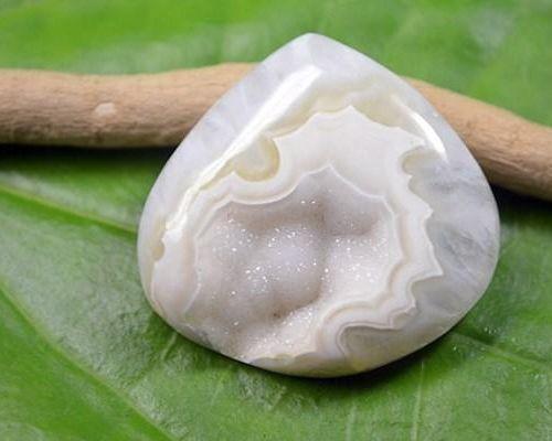 Интересно о белом агате: магия и природная сила камня, значение и применение