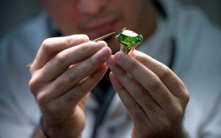 Как делают оценку драгоценных камней специалисты и сколько она стоит