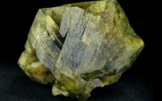 Магия и уникальные свойства хризоберилла, описание прекрасного солнечного камня