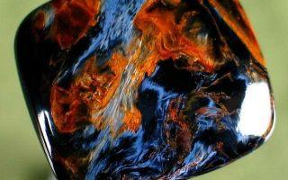 Описание петерсита, поражающие целебные и магические свойства камня