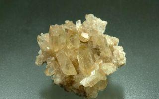 Что такое минерал барит: свойства, значение и тонкости влияния на человека