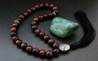 Описание мистического бычьего глаза: свойства сильного камня, значение и применение