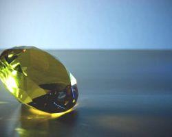 Все о благородном желтом алмазе: свойства, оценка, виды и знаменитые экземпляры