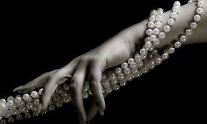 Как и с чем правильно носить жемчуг: дельные советы 📿 и развинчивание мифов