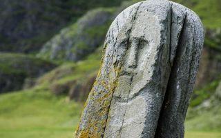 Столбы каменных баб: описание идолов и тайны возникновения