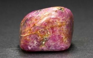 Что такое корунд и драгоценный ли это камень: описание и значение, совместимость и магия