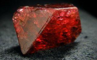 Что за камень шпинель, кому подходит и какие свойства имеет добрый камень