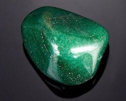Все о зеленом авантюрине, камне изобилия и любви: описание и уникальные свойства
