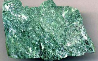 Чарующий камень фуксит: уникальные свойства и магические секреты