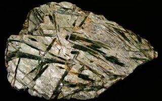 Описание актинолита, завораживающего камня мудрости и верности