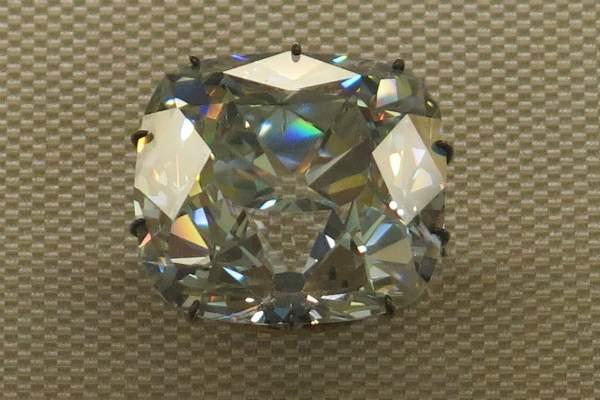 Регент бриллиант