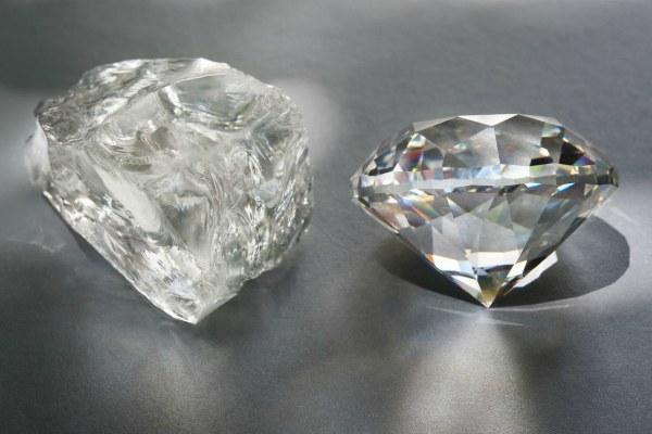 Алмаз без огранки