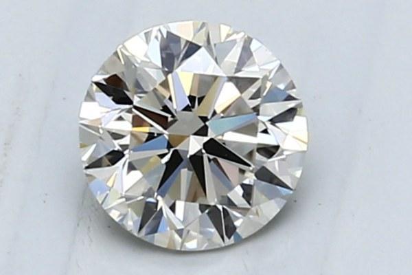 Круглая огранка бриллианта