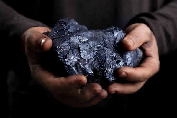 Черный каменный уголь