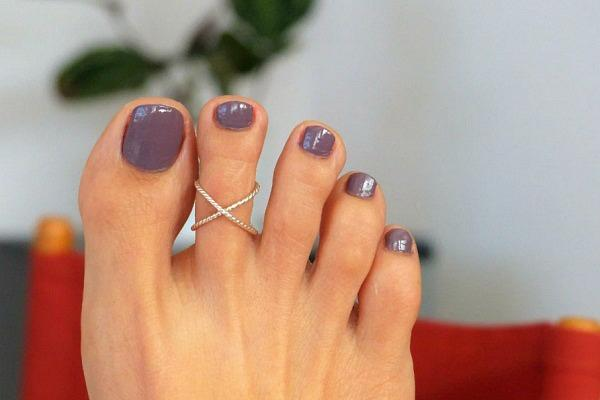 Кольцо на ноге