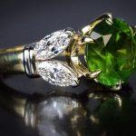 зеленое кольцо из андрадита